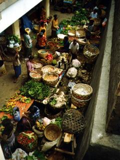 Vogelperspektive des Marktes in Ubud, Bali